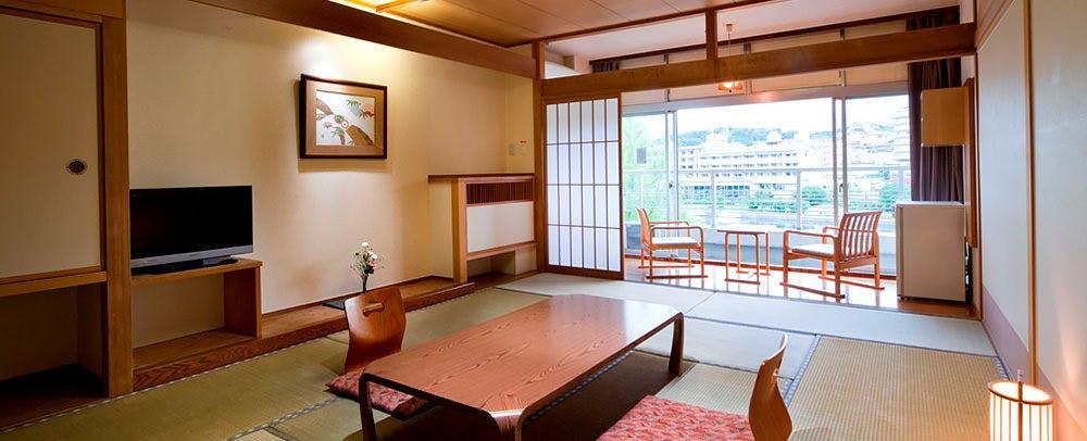 琵琶湖グランドホテル客室