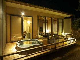 【オータムセール】悠久の大海原を眺め過ごす「離れVILLA瑞鶴荘」2食付
