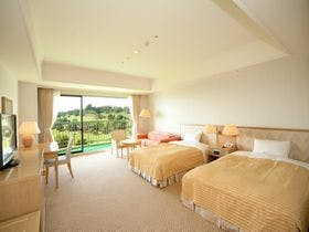 バルコニーから太平洋を望めます。地域最大級の広い客室でSTAY(素泊まりシンプルプラン)