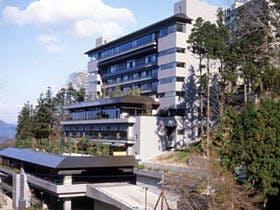 伊香保温泉で景色がよく癒やされる宿を探しています。