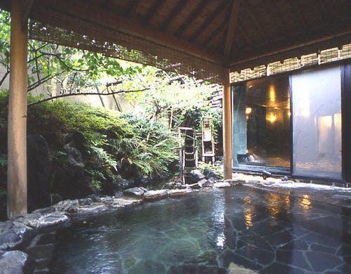 ラフォーレ倶楽部伊東温泉湯の庭