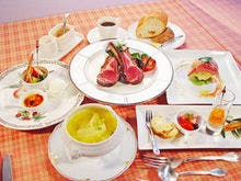 ホテリエレストラン Villa 綾の食卓