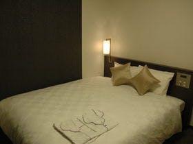【ゆとりあるお部屋とベッドをご用意】京都の伝統を現代風にリメイク「京都ReMODERN」~素泊まり~