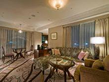 ロイヤルパークホテル