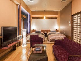 【酔帆楼-和室ツイン302-】当館で<<限定3タイプ>>「露天風呂付特別室」で上質の休日。