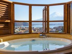 【カップル限定】露天風呂付き客室で富士山を二人占め&特典付