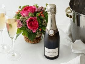 Celebrating Stay <Flowers & Champagne>