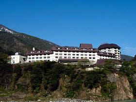 雪の大谷を楽しむ立山黒部アルペンルートのおすすめホテル