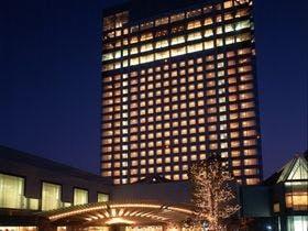 夏休みに子供とプールのあるホテルで宿泊したい。