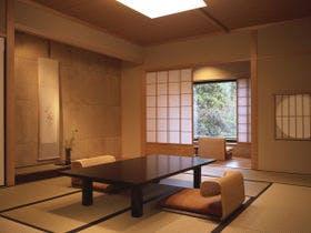 温泉掛け流し露天風呂のある客室で優雅に宿泊プラン