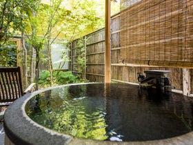 「和みの私邸」【月替わり会席】櫻湯山茱萸スタンダードプラン