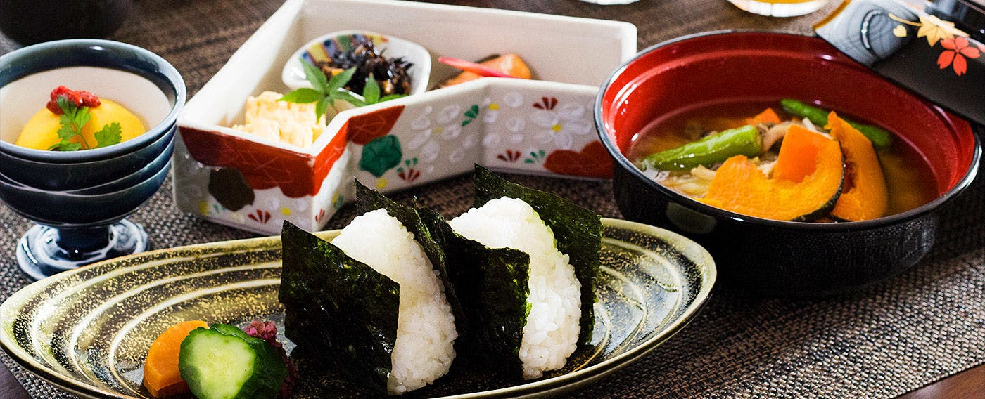 ASAGE with Onigiri (rice ball)