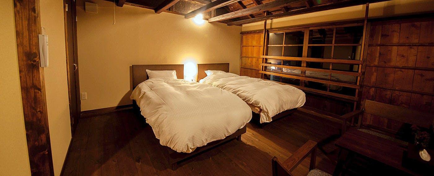 ホッとできる独特の温もり。滞在スタイルによって選べる2棟6室