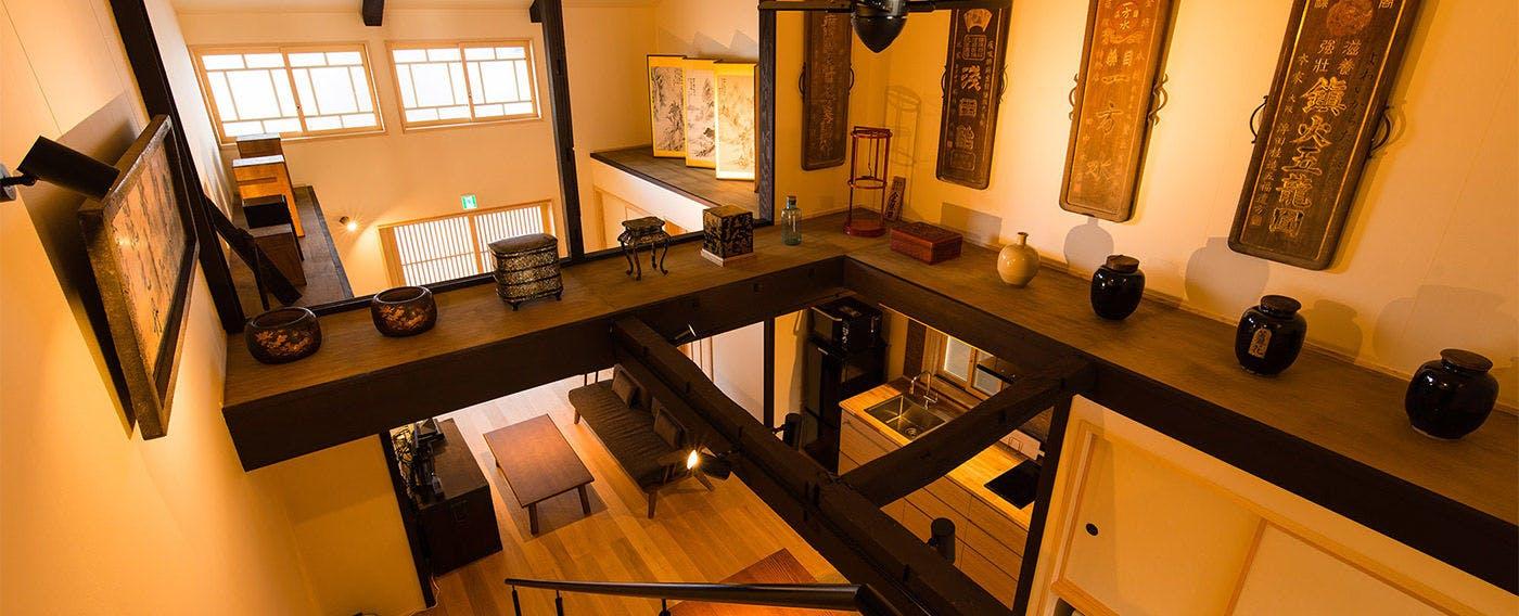 そこは旅情をかきたてる湊町。町家ステイで古き良き日本を感じる